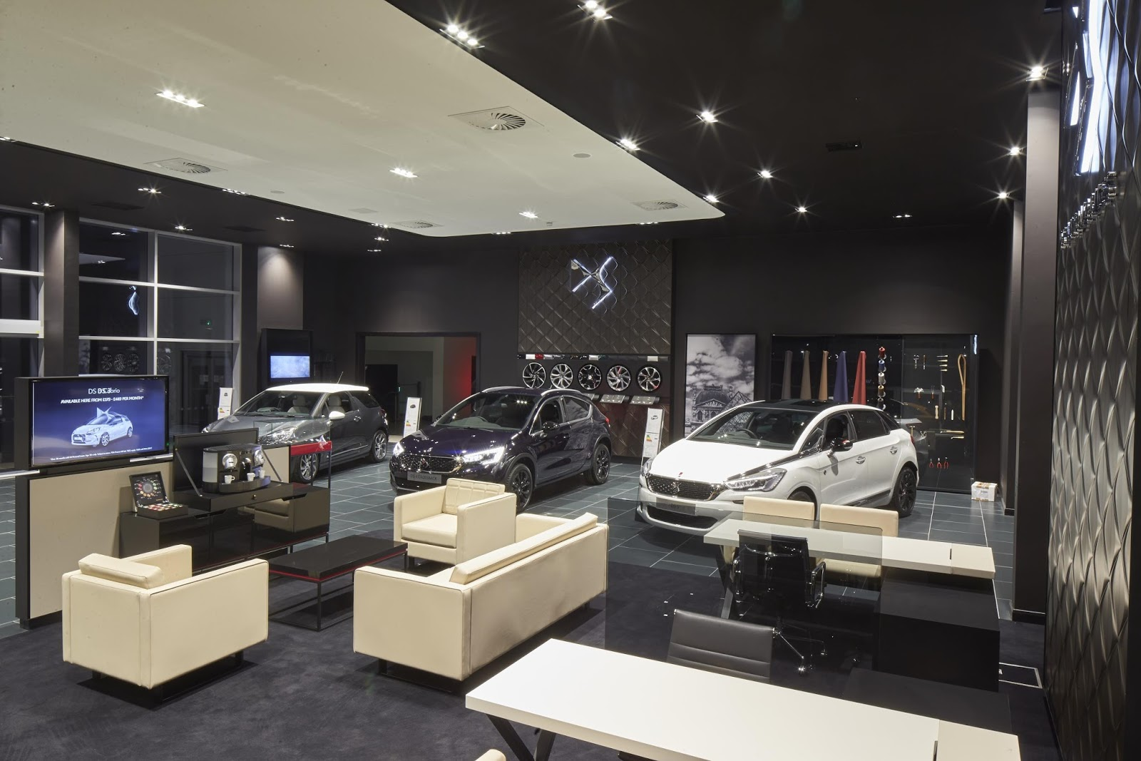 DS Store Manchester showroom 026